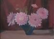 076-rosa-dahlien-in-blauer-vase-vor-rot-um-1955-pirmasens